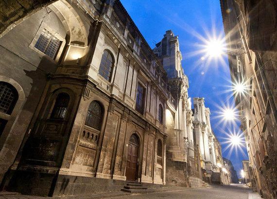 Il Barocco di Via Crociferi a Catania